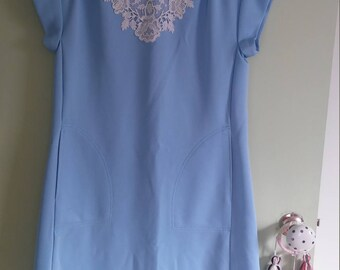 Vintage blue dress with lace detail