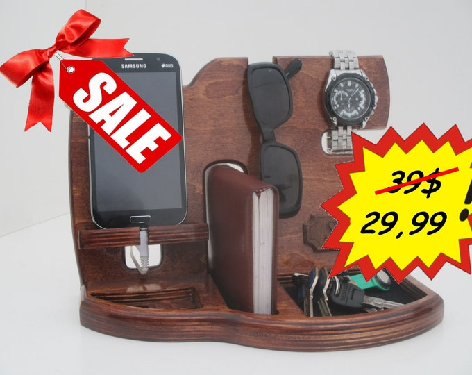 Gift for men,Fathers Day Gift,Phone Docking Station,Gifts for Boyfriend,Birthday Gifts For Men,Gifts For Husband,groomsmen gift,gift for man