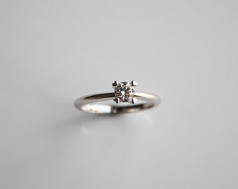 18K White Gold / Rose Gold Engagement Ring, Personalised Diamond Rings, Wedding Rings, Promise Rings, Engraving Couple Ring