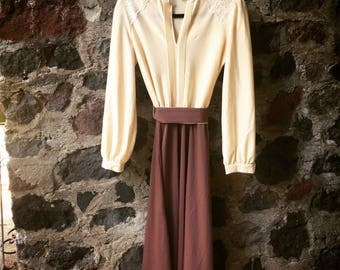 Vintage 70s long sleeve cream and brown dress size S