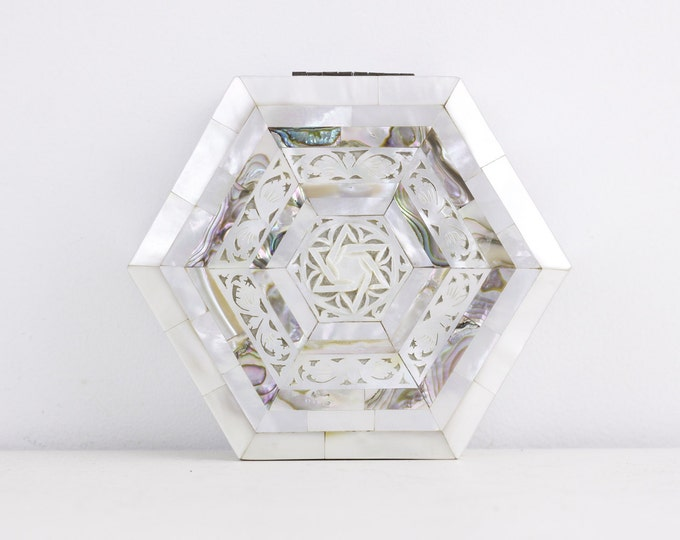 Hexagonal decorative box, mother of pearl box, Jewish, Star of David, abolone shell box, business card box, trinket box, jewelry box