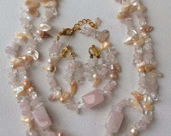 Pretty Rose Quartz, Shell and Bead Necklace, Bracelet and Earring Set.