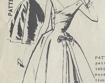 """1950s Vintage Sewing Pattern DRESS B34"""" (179) By 'Martini Diminutive' A-2056"""