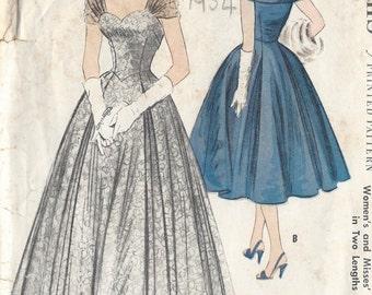"1954 Vintage Sewing Pattern EVENING DRESS B35"" (58)"