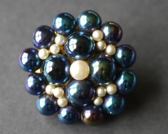 Beautiful iridescent faux pearl blue purple cluster beaded vintage brooch