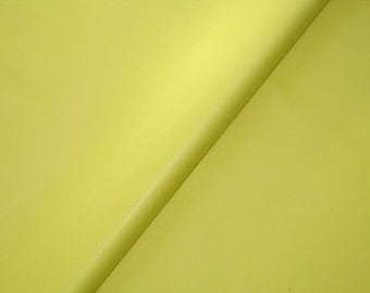 Pack of 5 sheets of yellow tissue paper size 50 cm * 75 cm