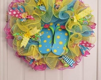 Summer flip flop deco mesh wreath