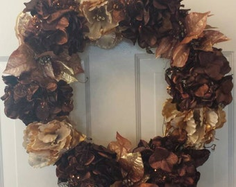 Christmas wreath / holiday wreath / front door wreath / hydrangea wreath