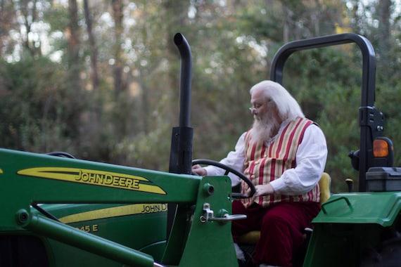 Santa drives a Deere
