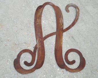 Monogram Door hanger, Wall hanging, Rustic Metal Letter, Steel Letter, Farmhouse Decor, Metal Letter, Rustic Décor, Personalized Gift, Rust