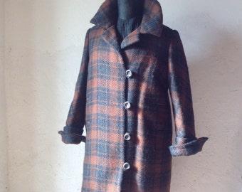 Wooled coat Vintage. Tailored coat. 70s coat.
