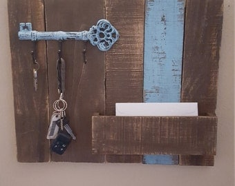 Rustic key and mail organizer