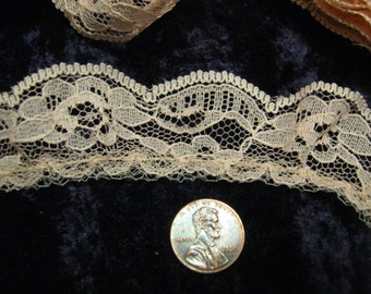 3 1/2 Lace Trim Ruffled  peach   1 inches wide free shipping in the u s a