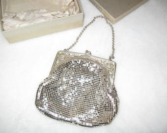 ship free Vintage Whiting and Davis Mesh Hand Bag and original box
