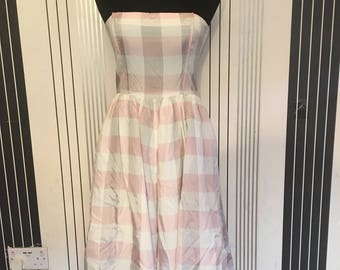 vinatge 1950s  strapless swing tea dress pink check size 10/12 boned and underlayed
