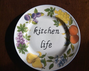 Kitchen Life decorative plate - recycled plate - Wall decor - display fruit theme - grapes, pears