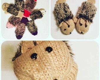 Hedgehog Mittens Beige