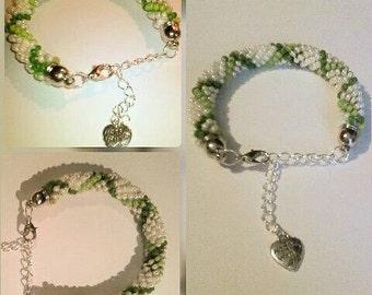 Round Bracelet / Bead crochet