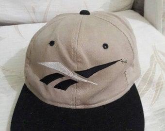 Year End Sale Buy 1 Free 1 !! Vintage Reebok Golf adjustable cap hat