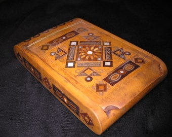 Antique Wooden Snuff Box with Inlaid Decoration