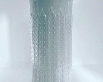 Op Art White vase - Wunsiedel, Bavaria 70 s, white vase, white porcelain, germa n porcelain, wedding gift, Mid Century, glossy porcelain