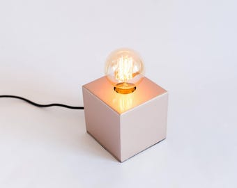 Copper lamp, edison lamp, pretty lamp, handmade lamp, table lamp, design lamp. Florencia Lamp by Belight Barcelona