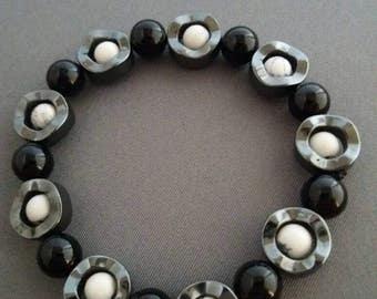 Ladies Onyx Hematite and Howlite bead bracelet