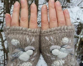 Hand knitted fingerless mittens, accessories,gift for her,womens fingerless gloves,embroidery,birds and flowers,beige and white,Eco life.