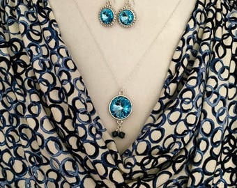 Blue Aquamarine Swarovski crystal necklace  in a 925 sterling silver chain with matching pair of earrings