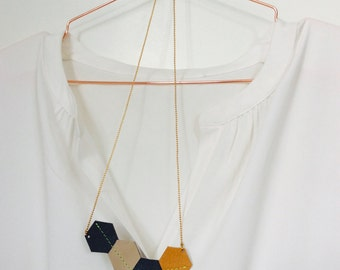 chain small | Blue | ochre | Beige