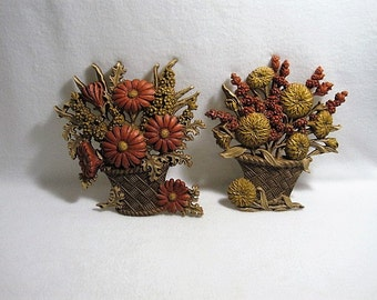 HOMCO Flower Basket Wall Hanging Plaques