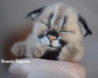 Needle felted lynx, felted kitten, Needle felt cat, cute animal, felt cub lynx, needle felted animals, felt toy, soft sculpture, home decor