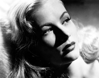Femme Fatal - Veronica Lake - Wall Art - Prints - Posters -Movie Art - Movie Lover - 8x10 - 11x14 (JS00322)