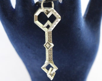 Thorin key  Durin's key necklace Thorin oakensheild Thorin key pendant  Hobbit necklace Hobbit gift Lord of the Rings