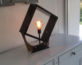 Lamp design geometry and materials
