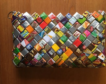Purse with recicled paper from venezuelan products