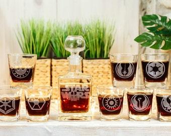 Star Wars Groomsmen gift Personalized Whiskey Decanter Set Christmas Gift Gift for Him Whiskey Decanter Set Whiskey Glasses Scotch Glasses