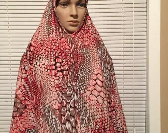 Soft Pink Animal Print Snakeskin Long Khimar Hijab Scard