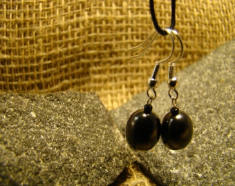 Shungite earrings oval beads from Karelia.