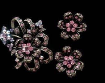 GORGEOUS BROOCH & EARRING Iridescent Pink,Vintage,Austrian Crystal Rhinestone Brooch Rare Pink Austrian Crystal, Brooch Earring Set Leaf