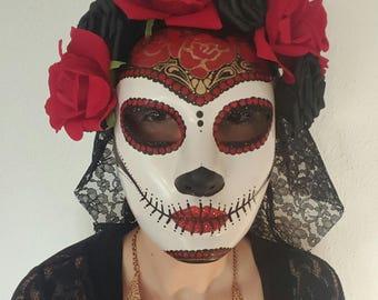 """Mask """"la Mattia"""" with veil"""