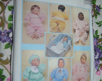 McCalls 2548 Clothes and Carry All fr Doll in Three Sizes - Sewing Pattern - UNCUT Size Sml - Med  - LRg