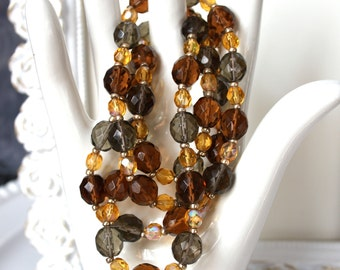Vintage JOAN RIVERS Glass Bead Necklace