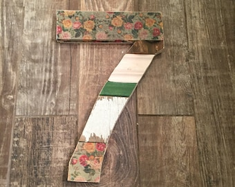 No. 7 baseboard wall hanging
