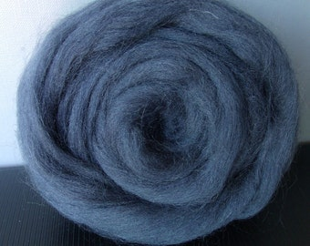 25g wool felting or spinning Merino carded to combed color blue slate