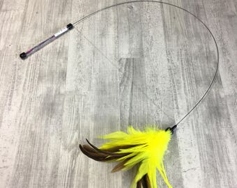 Cat toy | XL feather crown - yellow | 1.1m / 1.2y long cat toy | Feather cat toy | Interactive cat toy | Besteller at shows |