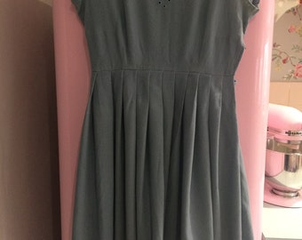 Beautiful Vintage 1950's Blue Wool Expertly Handmade Dress - Size 10/12 - perfect for Autumn - very Betty Draper from Mad Men!
