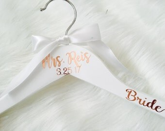 FREE Shipping Rose Gold Wedding Dress Hanger personalized, Bride Hanger, Gift for Bride, Wedding party gift, Wedding Hangers