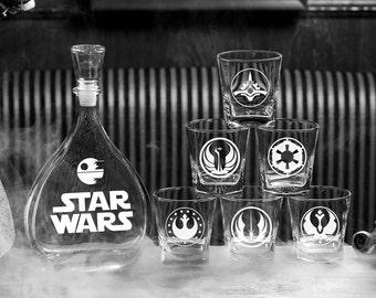 Star wars gift Gift for men Darth Vader Mens gift Wedding gift Whiskey decanter set Christmas gift Scotch glass Wedding Gift for couple
