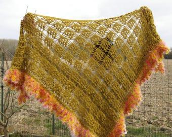 Crochet shawl. Shawl olive.
